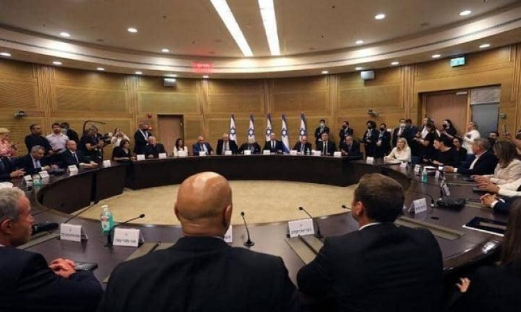 قراءة في حكومة إسرائيل الجديدة .. مزيج سياسي بأغلبية هشة