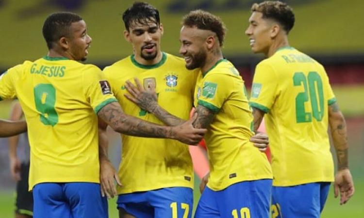 البرازيل يتخطى الإكوادور بثنائية ويعزز صدارته لتصفيات كأس العالم