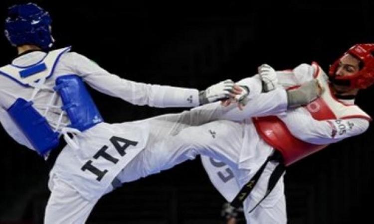 سيف عيسى يتأهل لنصف نهائي التايكوندو في أولمبياد طوكيو