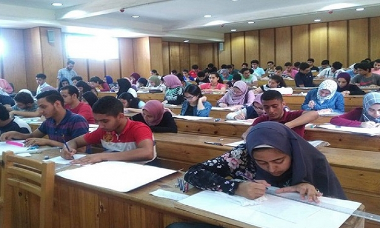 التعليم العالى : 95 ألف طالب سجلوا في اختبارات القدرات بتنسيق الجامعات