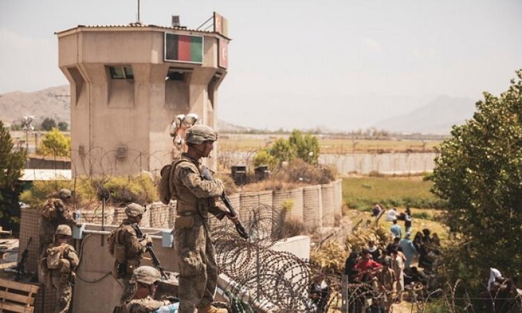 مقتل رجل أمن أفغاني في تبادل لإطلاق النار مع مجهولين بمطار كابول