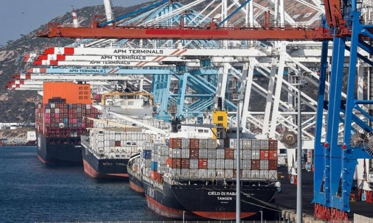ميناء طنجة المغربي .. لماذا يثير قلق إسبانيا ؟