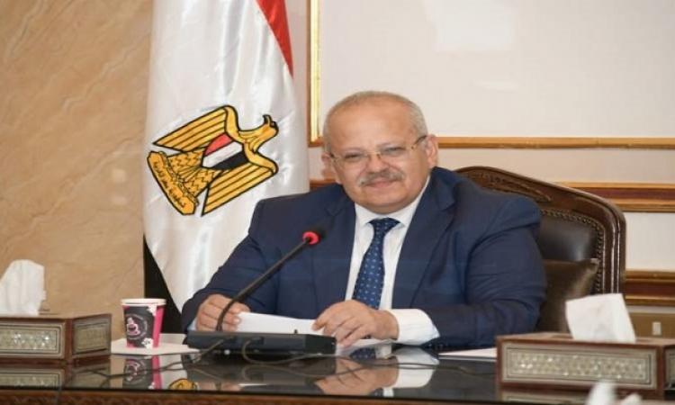 رئيس جامعة القاهرة يتابع خطة تطعيم الطلاب ضد كورونا