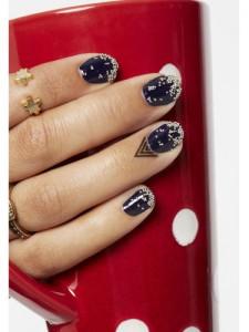 sev-prom-nails2-lgn
