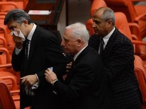 شجار بالبرلمان التركي.jpg4