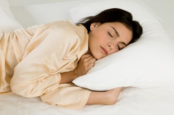 النوم سببا للرشاقة