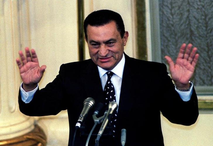 الرئيس الاسبق حسنى مبارك