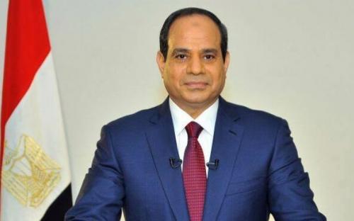 السيسي يؤدي اليمين الدستورية ويوقع مع منصور وثيقة تسليم السلطة