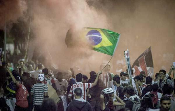 شغب البرازيل  3