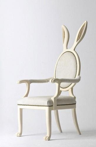 مقاعد غريبة  7
