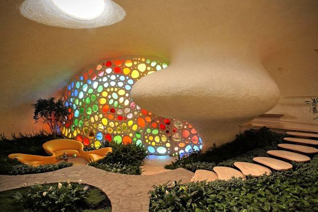 Nautilus-Giant-Seashell-House-in-Mexico-City-4