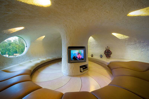 Nautilus-Giant-Seashell-House-in-Mexico-City-5