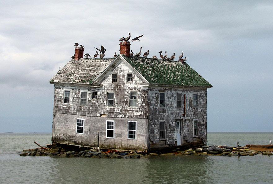 آخر منزل في جزيرة هولندا بالولايات المتحدة الأمريكية