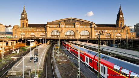 أجمل محطات القطارات 4