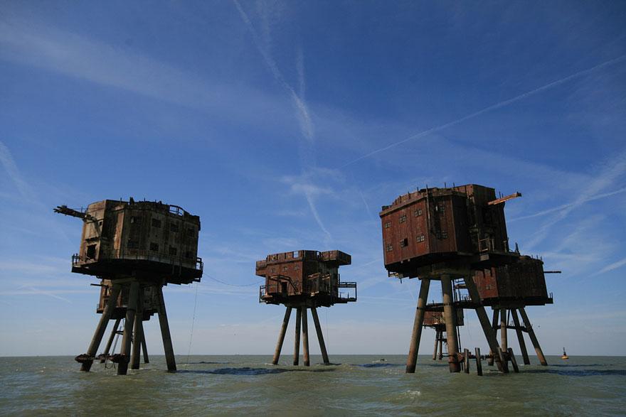 القلاع والحصون في البحر مونسيل - إنجلترا