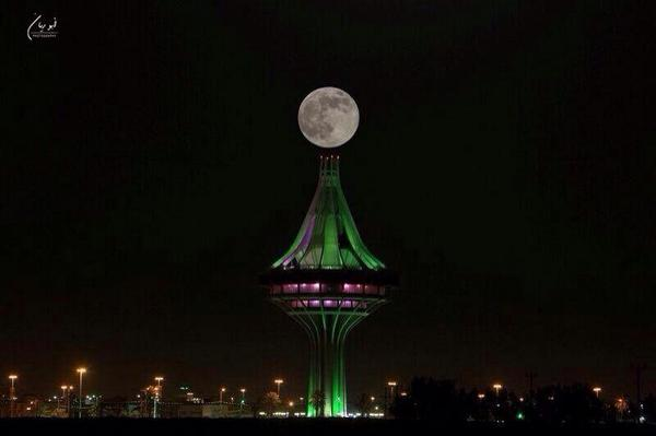 القمر السوبر  5