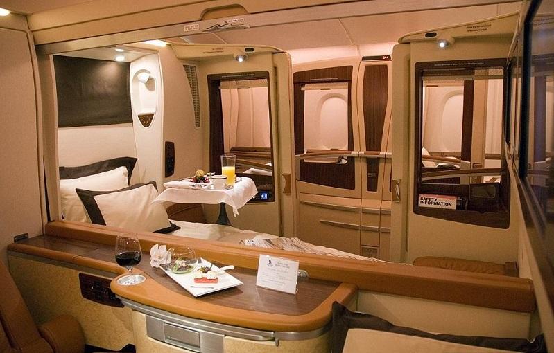 طائرة الوليد بن طلال 10