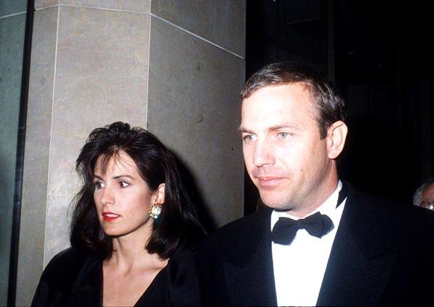 كيفين كوستنر وزوجته