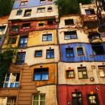 منازل ملونة و مبهجة