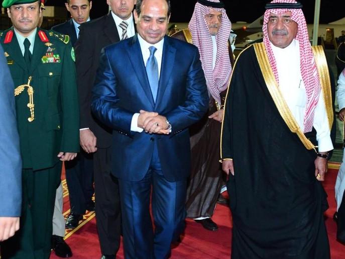 الامير مقرن والرئيس عبد الفتاح السيسي