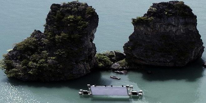 السينما البحرية العائمة في تايلند