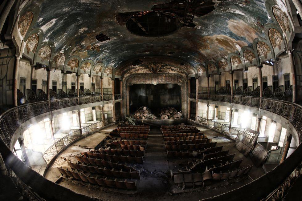 مسرح ساربنتيس