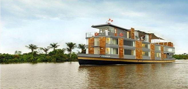 فندق عائم على نهر الأمازون