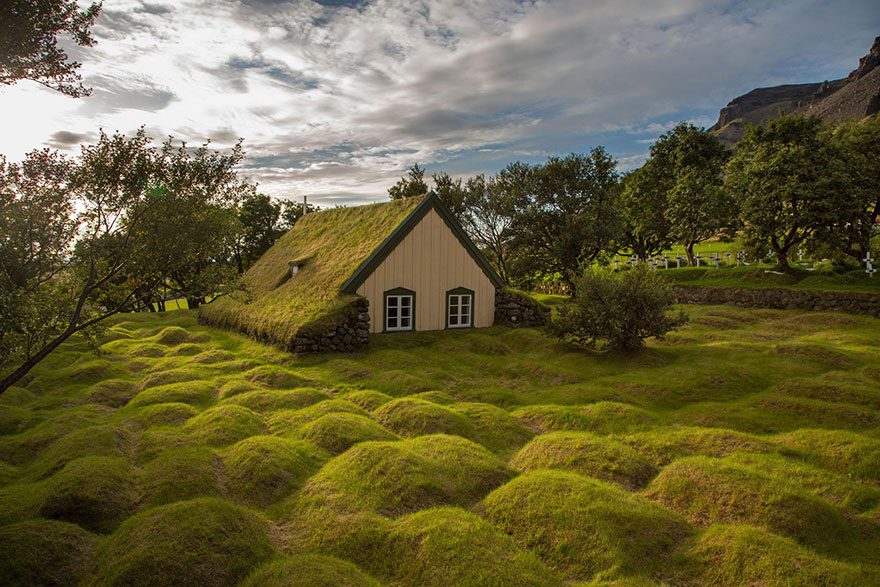 بيت المزرعة فى ايسلندا