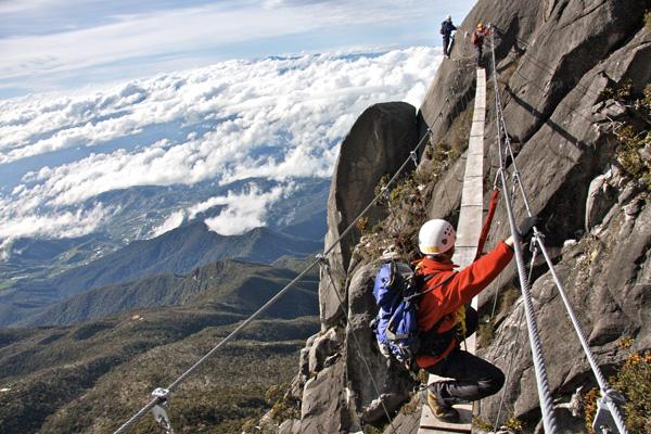 تسلق جبل كينابالو