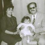 عمرو دياب ووالديه