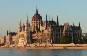 مبنى البرلمان2