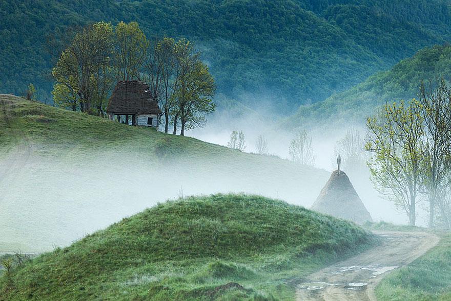 منزل على جبل أبوسينى فى رومانيا