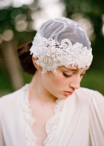1414064742_Beautiful-Wedding-Headpieces-For-Brides-With-Short-Hair-1-430x600