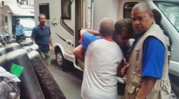 مغربي حاول إهداء توم كروز مصحف
