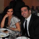 محمد التركى يتناول مع كيم الطعام