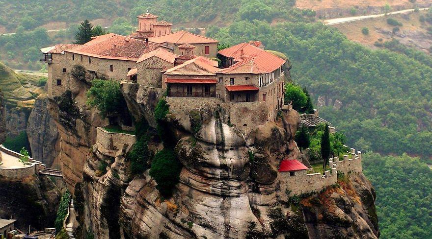 ميتيورا، اليونان