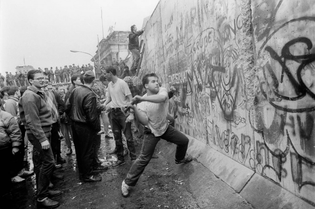 هدم حائط برلين