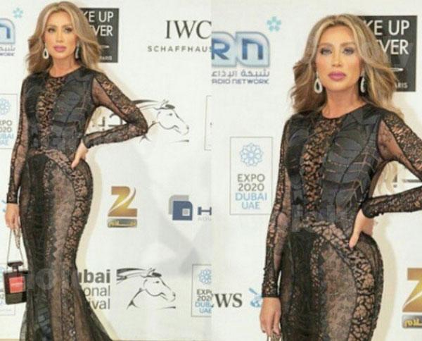مايا دياب بفستان أسود شفاف
