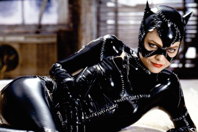 Catwoman Batman Returns ميشيل فايفر