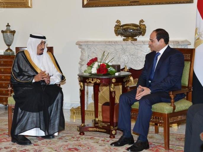 بالفيديو... الأمير سلمان يستقبل السيسى للاطمئنان على صحة الملك