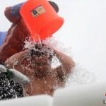 تحدى دلو الثلج