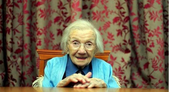 أكبر سيدة فى اسكتلندا