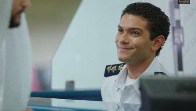 آسر ياسين بيبتسم