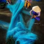 الحياكة شباك الصيد هي واحدة من المهن الأكثر العادية في باك ليو0
