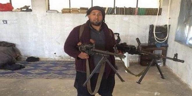 باربى داعش عاد لبريطانيا ليحضر مرطب شفاه وواقى ذكرى