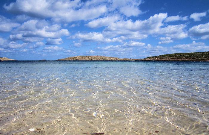 جزيرة كومينو فى مالطا