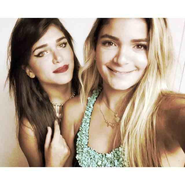 كاميليا-وشقيقتها-الصغرى-فريدة