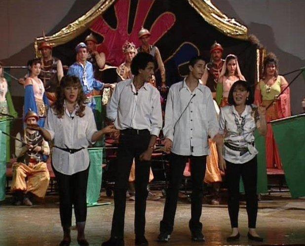 لقطة من مسرحية الملك هو الملك