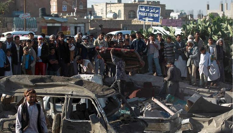 اثار غارات السعودية على اليمن