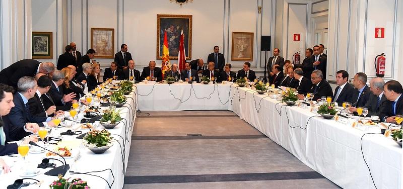 افطار عمل للسيسى مع رجال الاعمال ورؤساء الشركات الاسبانية